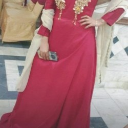 Maxi Red colour