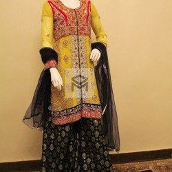 Mehndi Outfit for Bride.